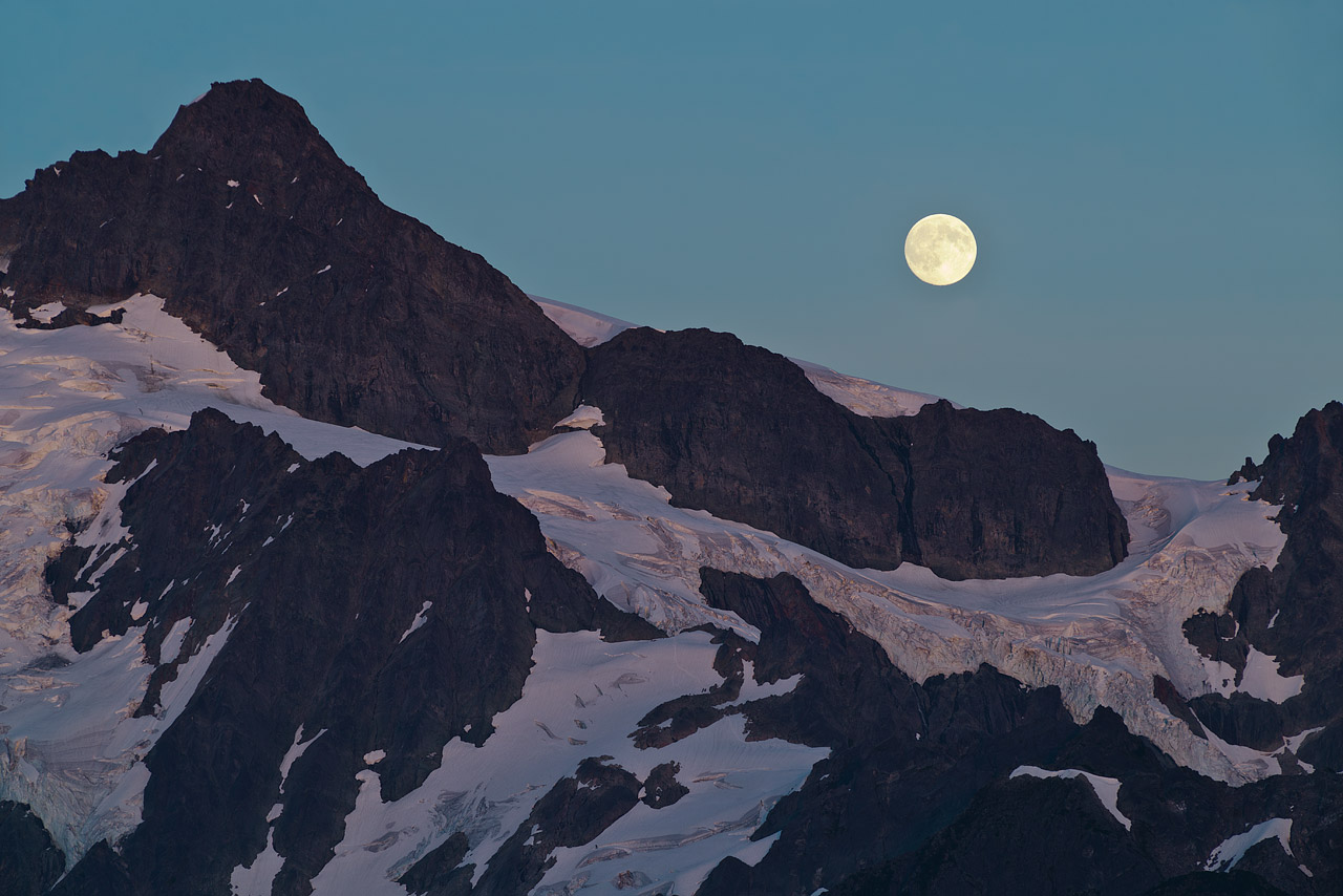 Moonrise over Mt Shuksan.
